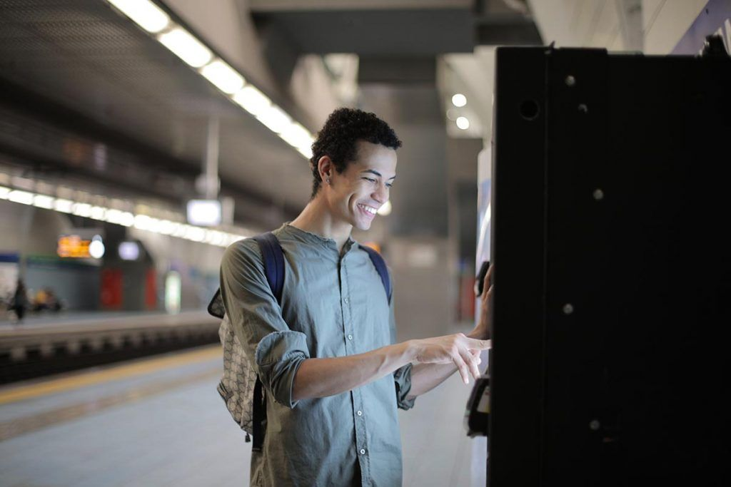 Train platform vending machine